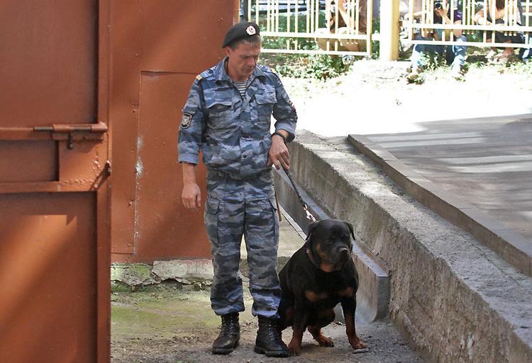"""Угроза взрыва в торговом центре """"Мега-Химки"""" оказалось ложной"""