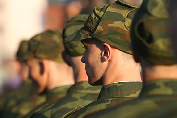 Призывники в РФ смогут выбрать способ поступления на военную службу