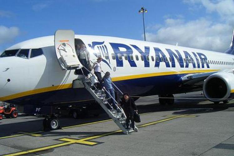 В аэропорту Лондона столкнулись два самолета одной авиакомпании