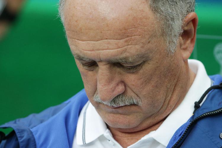 Главный тренер сборной Бразилии отправлен в отставку