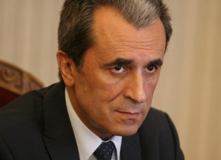Премьер-министр Болгарии объявил об отставке кабинета министров