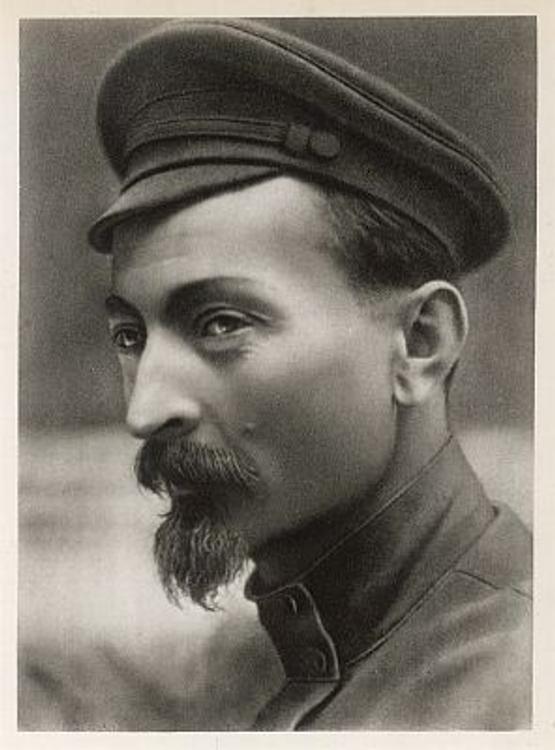Возрождение Дзержинского: он вновь на знамени дивизии ВВ