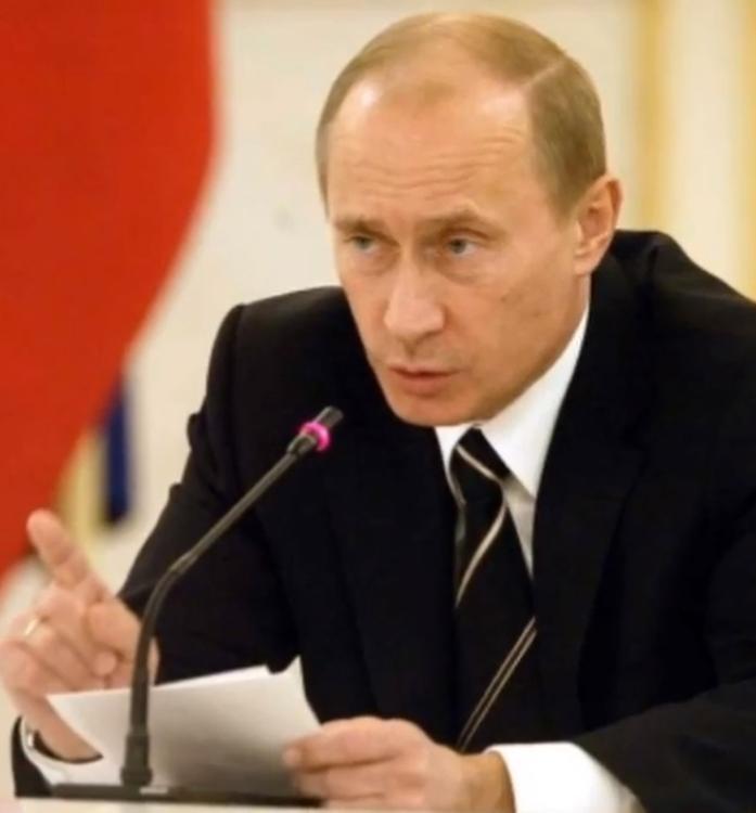 Владимир Путин дал правительству поручения по развитию сферы образования