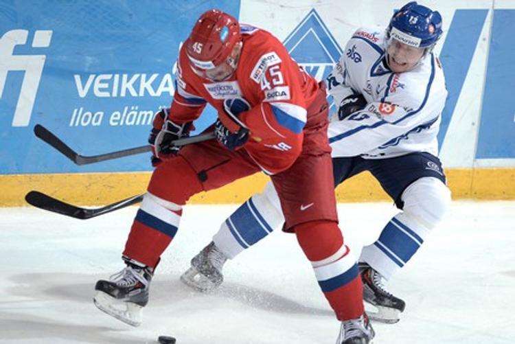Кубок «Первого канала»: хоккеисты России одолели шведов