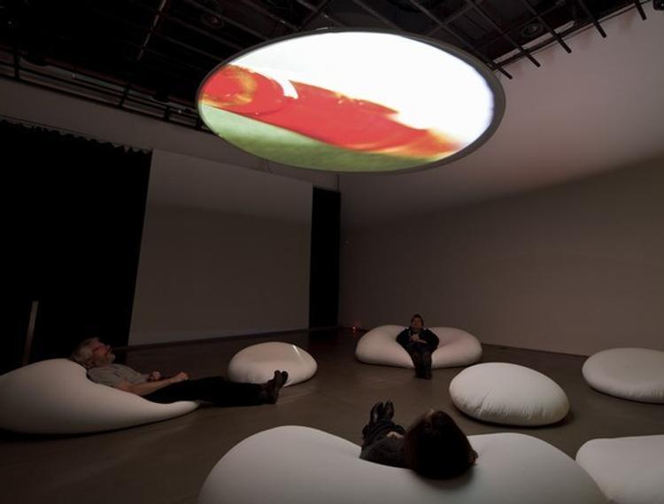 Музей современного искусства СПбГУ открывает выставку графики