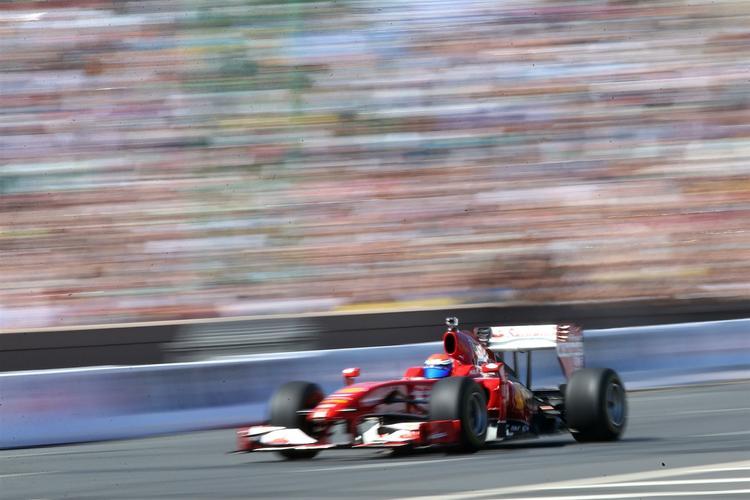 Квалификацию гран-При Монако выиграл Льюис Хэмилтон, Квят финишировал пятым
