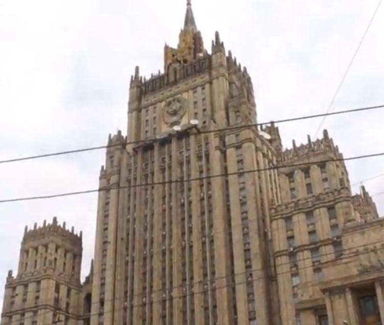 МИД: Россия имеет право размещать ядерные вооружения на территории Крыма