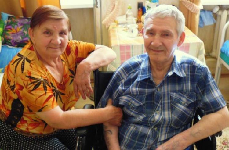 79-летняя женщина вышла замуж за первую любовь после 50 лет разлуки