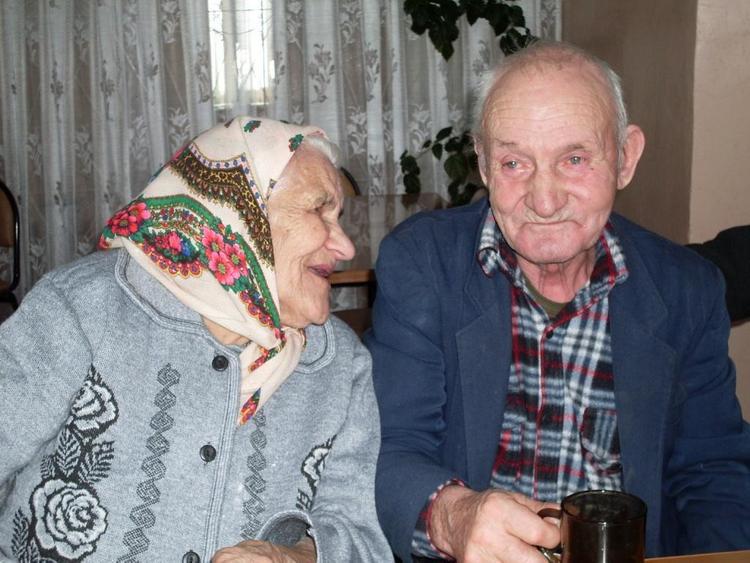 """Фонд """"Старость в радость"""": """"Бабушек быстро расхватывают!"""""""