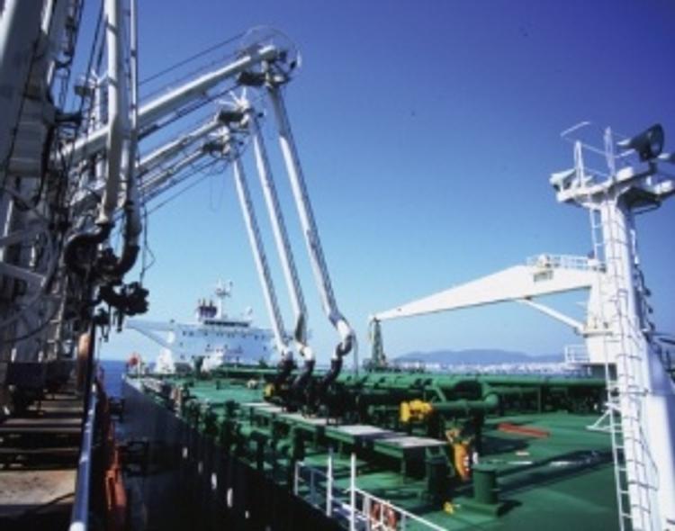 Перевалка нефти и нефтепродуктов в Керчи практически остановилась
