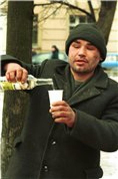 Правительство РФ считает, что россияне сократят потребление алкоголя