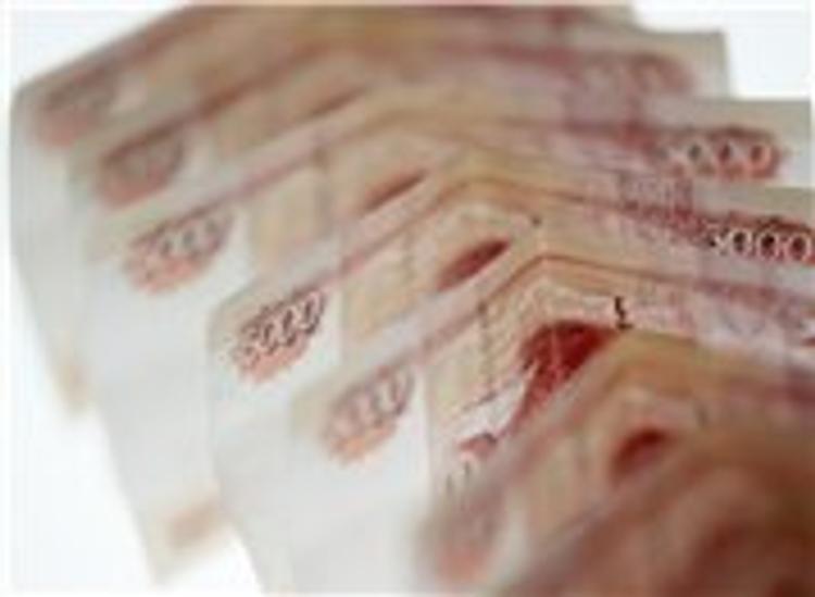 Зарплаты крупных чиновников выросли почти в 2 раза, а говорили о сокращении