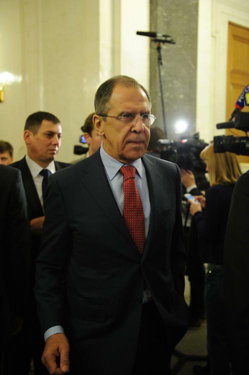 Сергей Лавров: следует немедленно закрыть границу Сирии и Турции