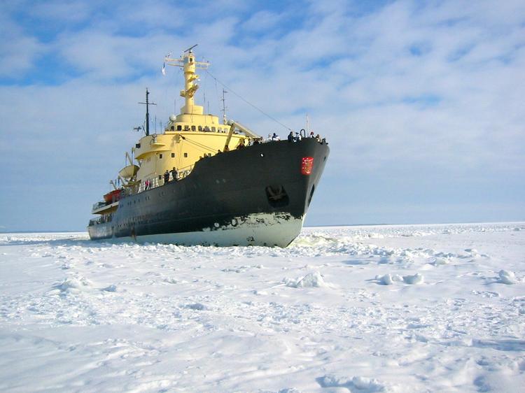 В мае на воду будет спущен самый мощный в мире российский атомный ледокол