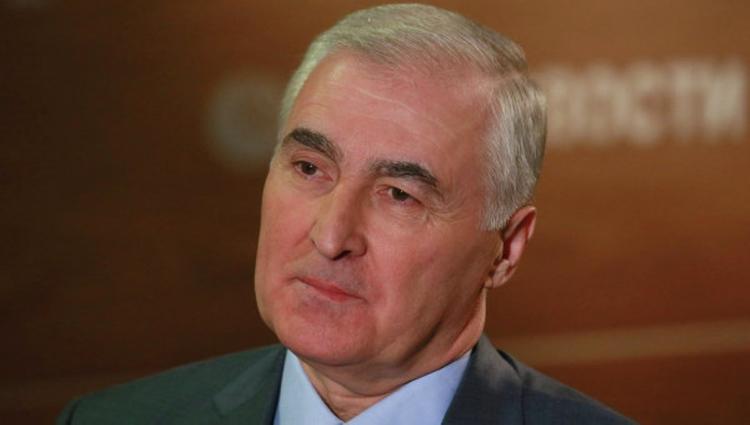Тибилов: Южная Осетия может провести референдум и войти в состав России
