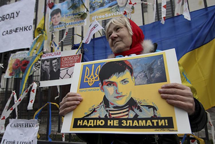 Врачи: если Савченко не начнет пить, ей грозит смерть от тромба