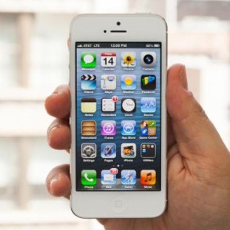 Смартфоны вызывают косоглазие у детей