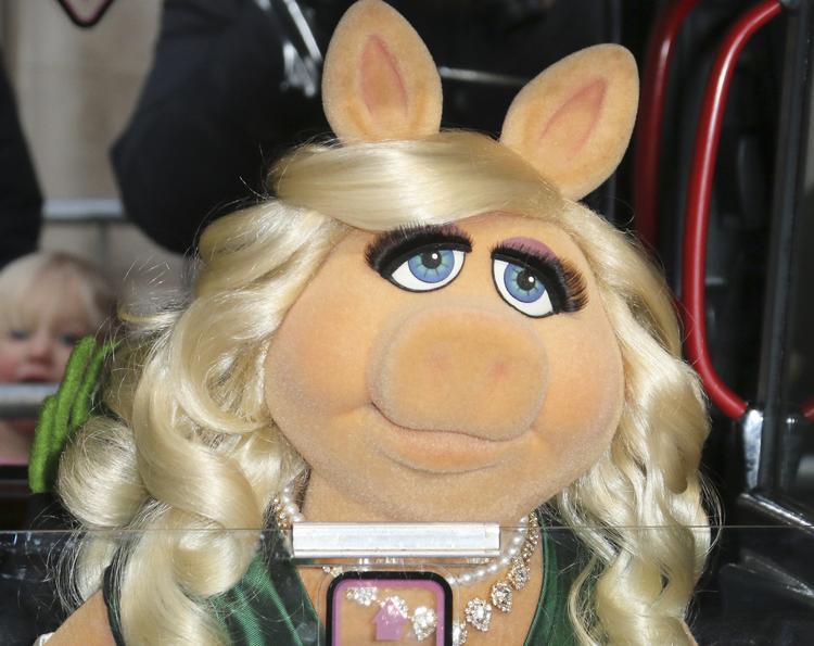 """""""Мисс Вселенная-1996"""" призналась, что Дональд Трамп называл ее """"Мисс Свинюшка"""""""