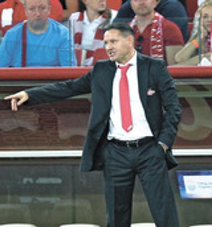«Спартак» оставил Аленичева на посту главного тренера команды