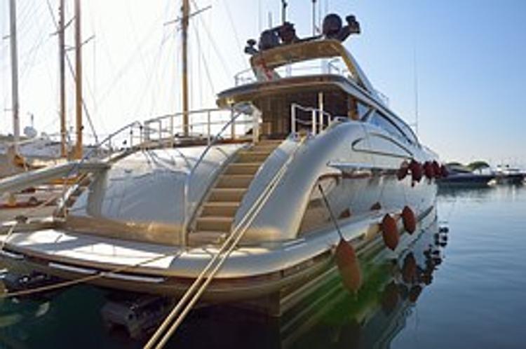 Появились подробности гибели россиянки  и итальянца на элитной яхте