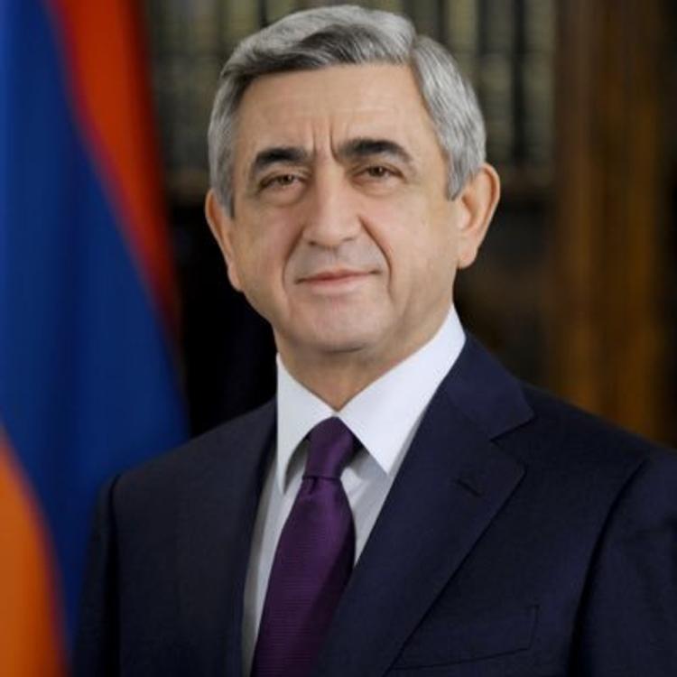 Глава Армении направил Путину поздравление с Днем России