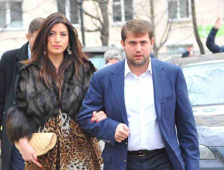 Муж певицы Жасмин задержан по обвинению в мошенничестве