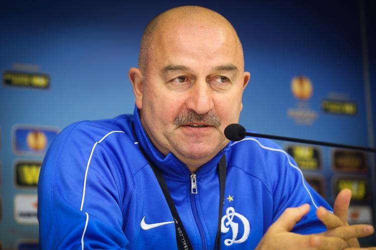 Утвержден новый тренер сборной России по футболу