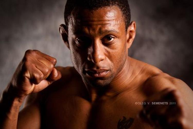 Французский спортсмен устроит во Владивостоке горячий бой