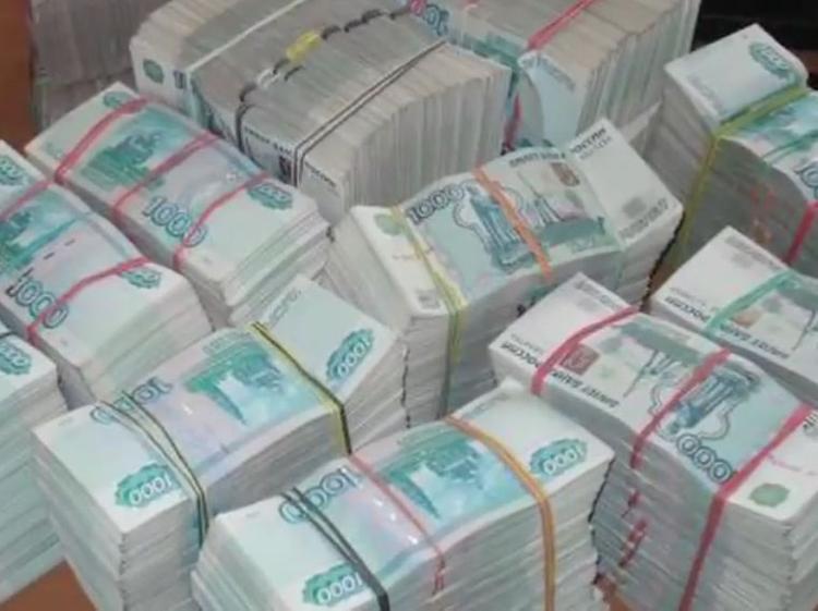 У петербургской бизнесвумен неизвестный украл сумку с крупной суммой денег