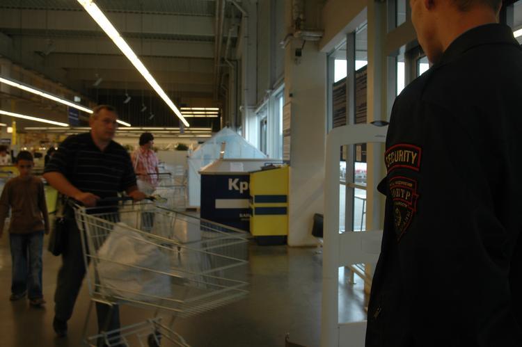 В Ростовской области охранник мог убить покупателя из-за шампуня