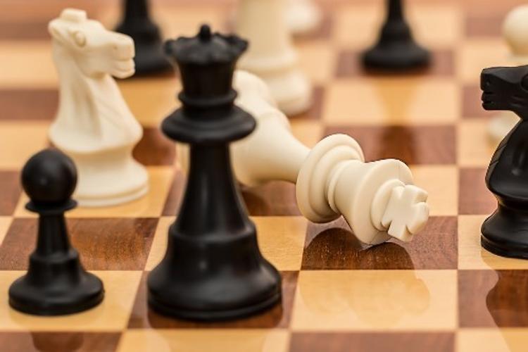 Московский шахматный тренер полгода насиловал свою 8-летнюю воспитанницу