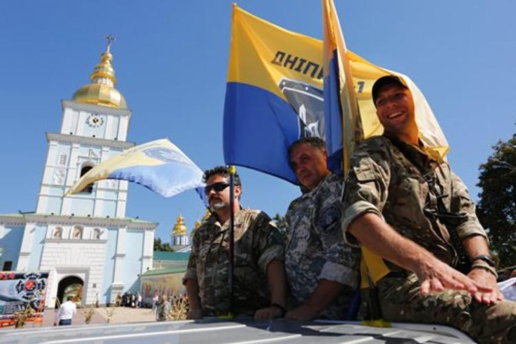 Нацбатальоны отправились из Донбасса маршем на Киев – ДНР