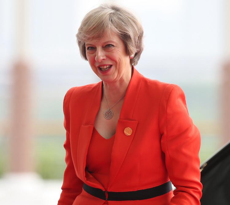Премьер-министр Великобритании назвала условия отмены санкций против РФ