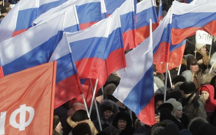 «Единая Россия» устроила шоу для крымчан и принуждает его посмотреть