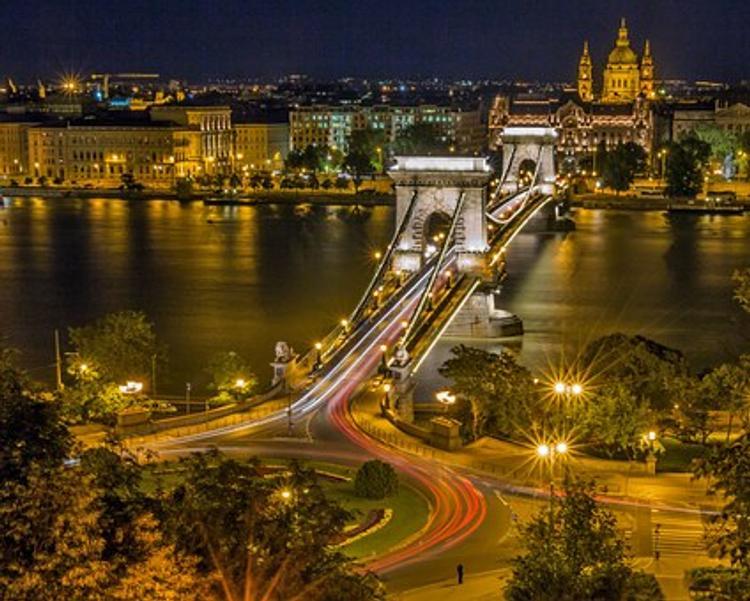 Названа цель взрыва, прогремевшего в Будапеште