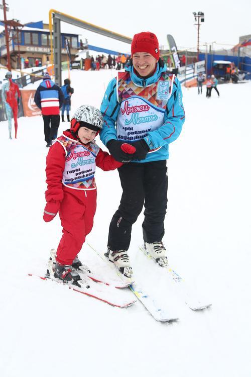 Программа «Лыжи Мечты» ищет инструкторов для особенных детей