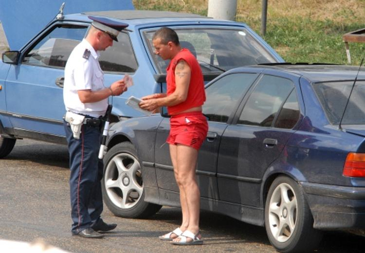 Новый закон для автолюбителей: не прошел техосмотр, отберут права