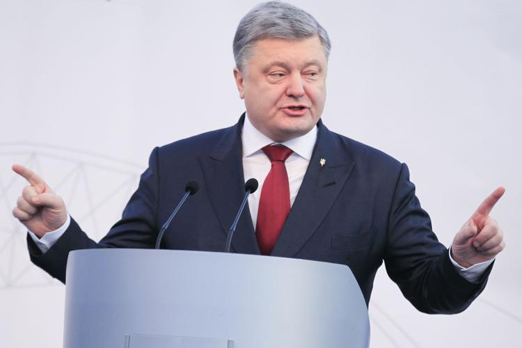 Западное СМИ заподозрило Порошенко в финансовых махинациях