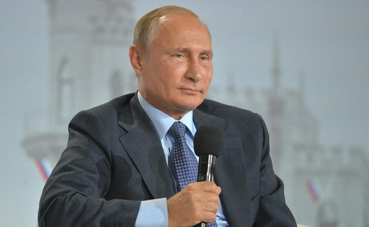 Президент РФ подписал бюджет на 2017-2019 годы