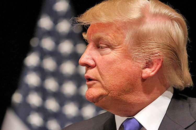 Дональд Трамп официально вступил в должность президента