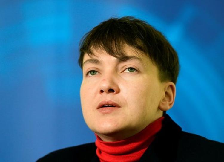 Савченко заклеймили позором и не пустили на военный завод в Виннице (ВИДЕО)