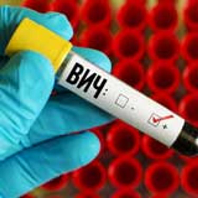На Южном Урале 40-летний мужчина заразил школьницу ВИЧ