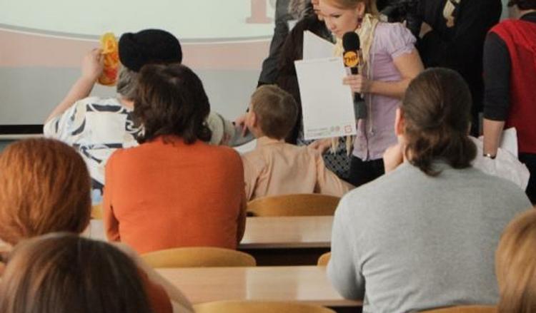 Двум российским вузам запретили принимать студентов