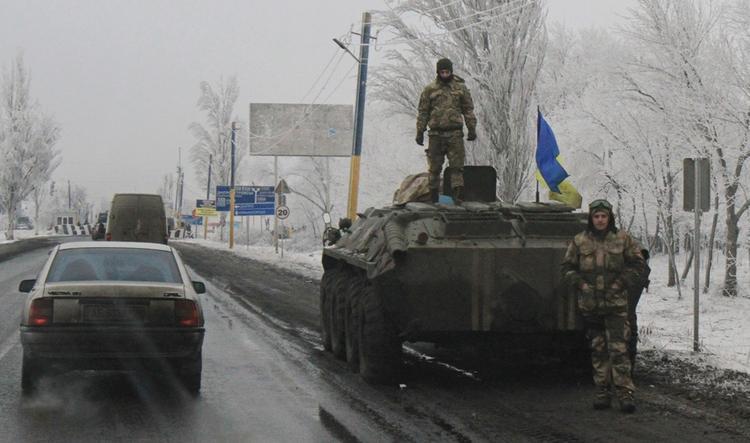 СКР возбудил новое дело по фактам обстрелов мирного населения в Донбассе