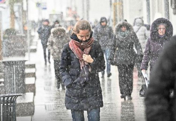 Ночную Москву накроет мокрый снег