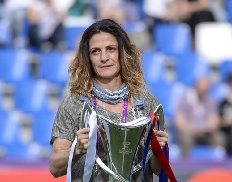 Впервые в истории: мужскую сборную Италии по футболу возглавит женщина