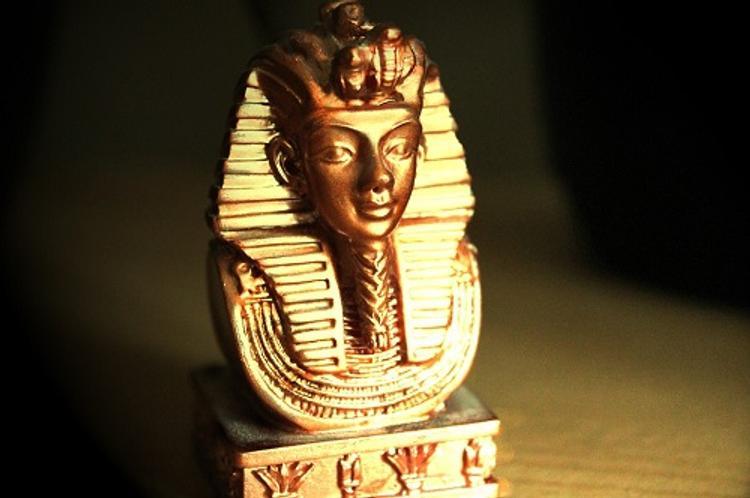 Найден уникальный артефакт, подтвердивший новую версию смерти Тутанхамона