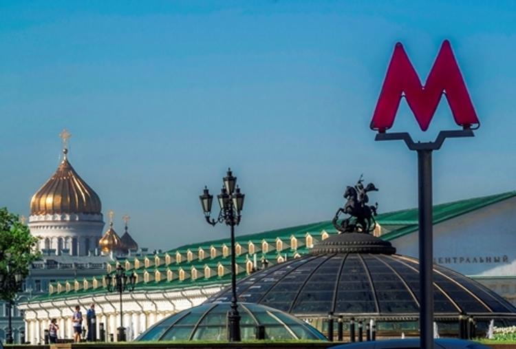 После взрыва в Петербурге метро Москвы усилило меры безопасности