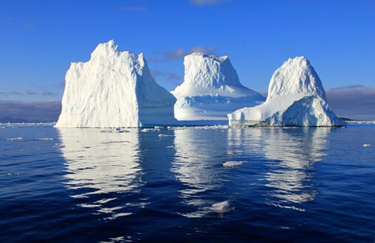 Большая часть льда в Гренландии полностью исчезнет к концу текущего столетия