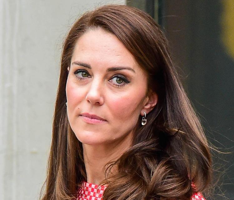 Герцогиня Кэтрин не теряла зря времени, пока принц веселился в Швейцарии